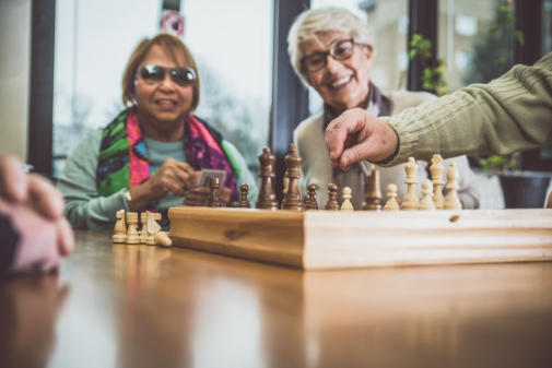 How Adult Day Centers Promote a Senior's Wellbeing